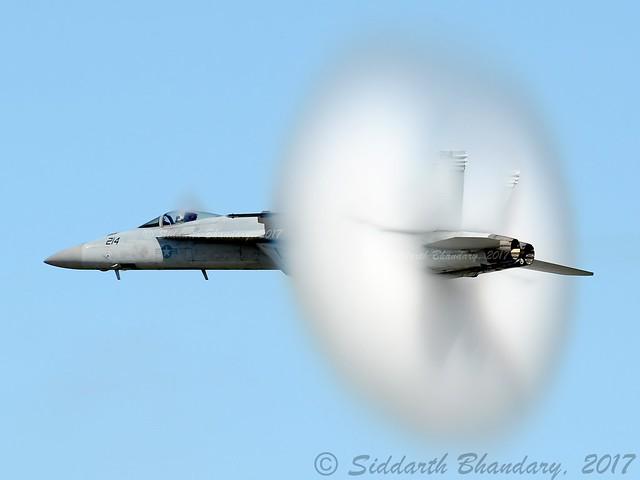 US Navy   Boeing F/A-18E Super Hornet    166420    C/N E065    KEFD   EFD