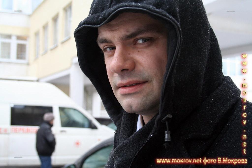 Актер Алексей Фадеев в роли Никитина, главврач. В телесериале «Страна 03».