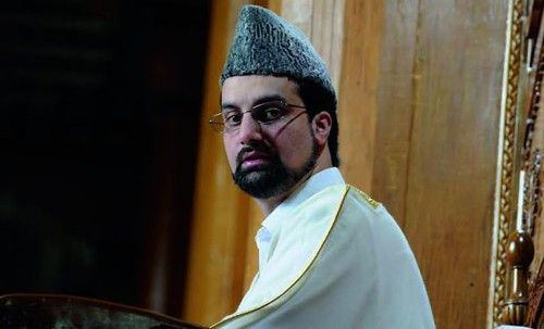Mirwaiz Apprises Bosnian Ambassador of IOK Situation