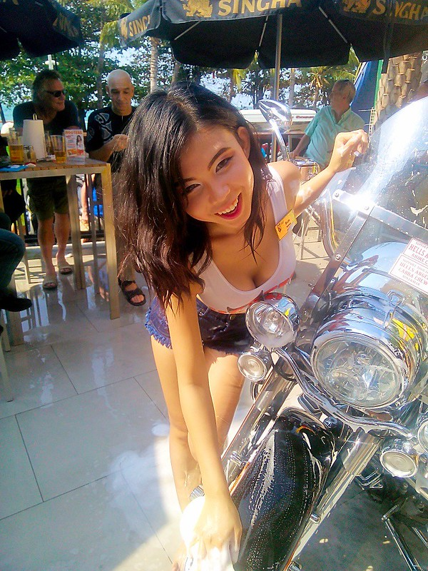 Hooters Pattaya charity bike wash