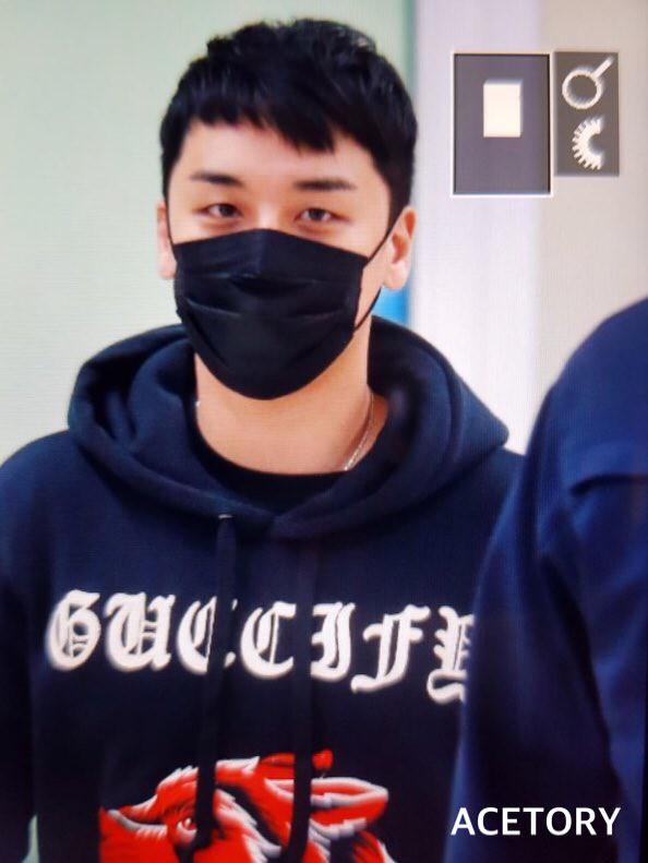 BIGBANG via Acetory - 2017-11-25  (details see below)