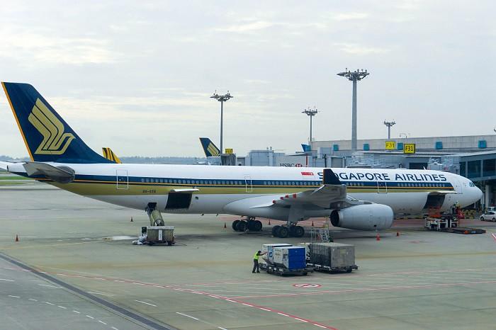 171201 シンガポール航空A330-300外観1