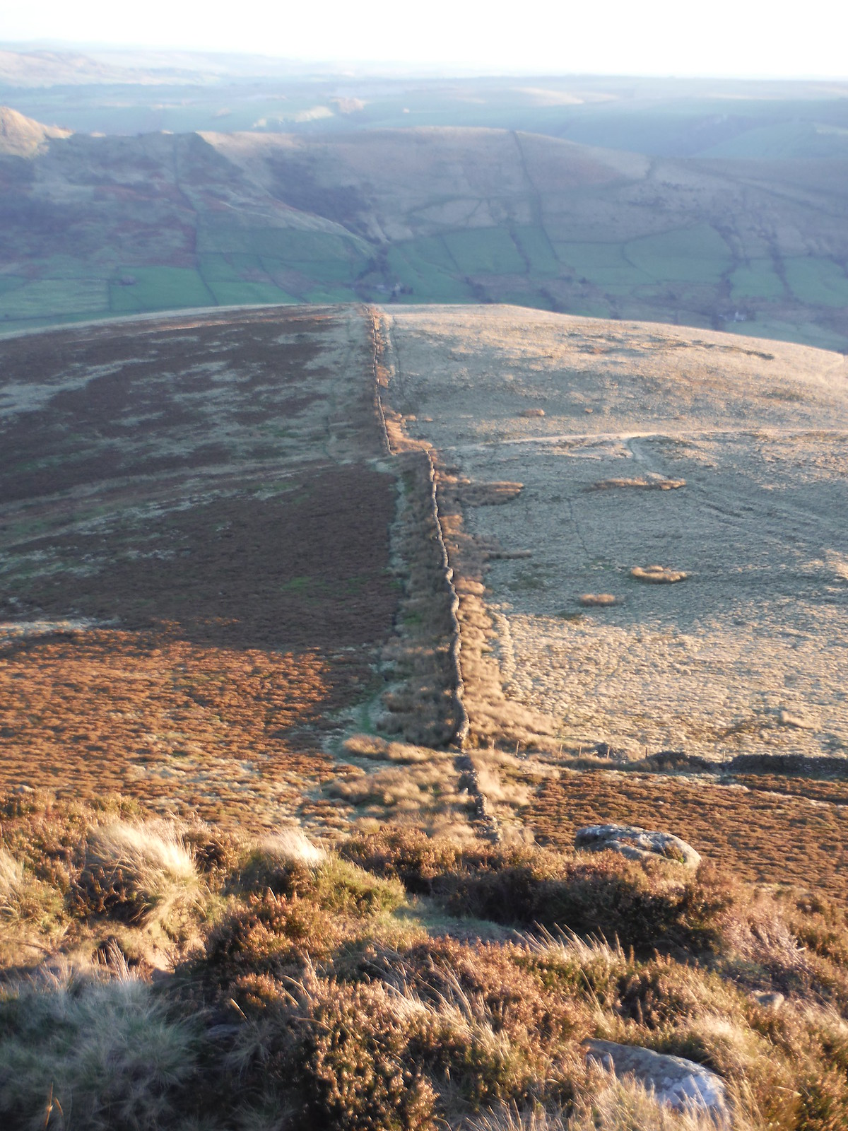 Perpendicular Wall towards Woodhouse Farm