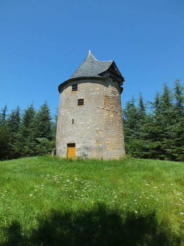 Laramière - Ancien Moulin à vent