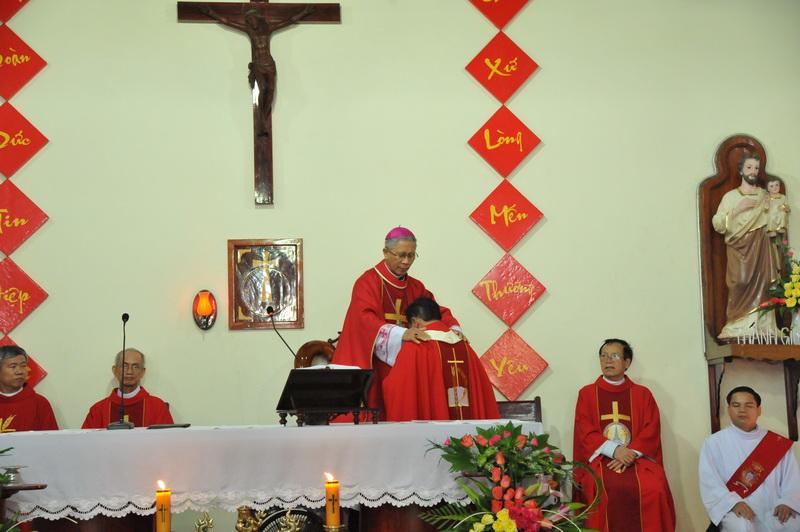 Thánh lễ thành lập Giáo xứ Bình Hải