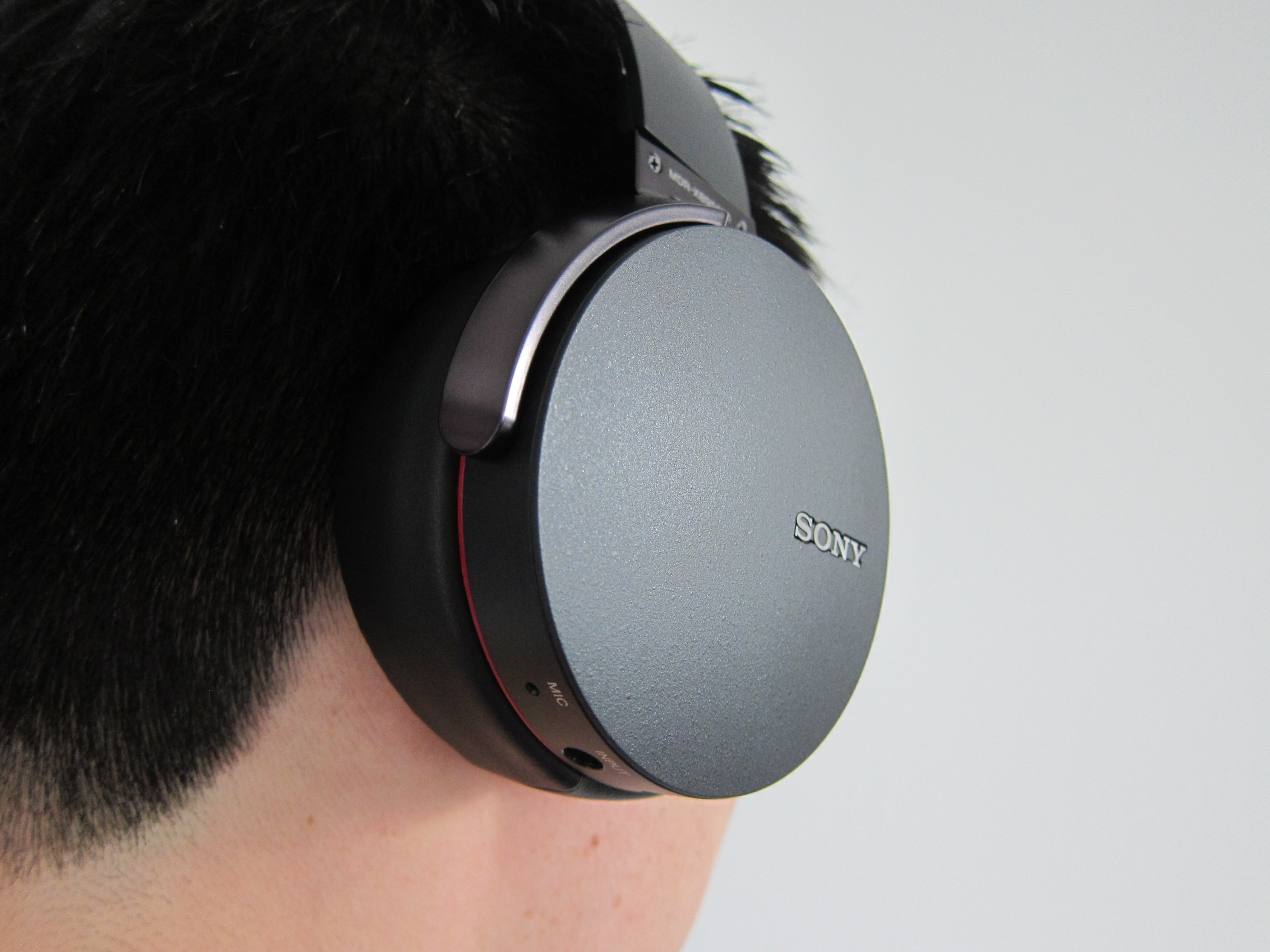 sony extra bass wireless headphones how to connect to laptop