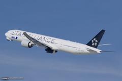 STAR ALLIANCE ANA Boeing 777