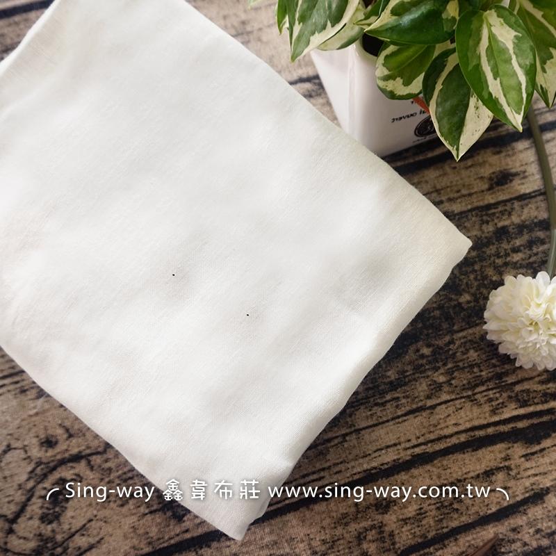 白色雙層紗布 二重紗 嬰兒紗布衣 手帕 口水巾 布料 雙重紗 雙層紗 2C540009