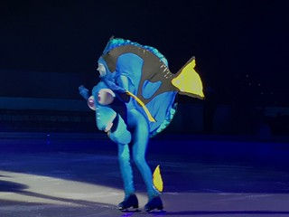 Dory - Disney On Ice: Follow Your Heart