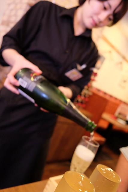 こぼれスパークリングワイン 03