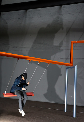 swing shadow colour