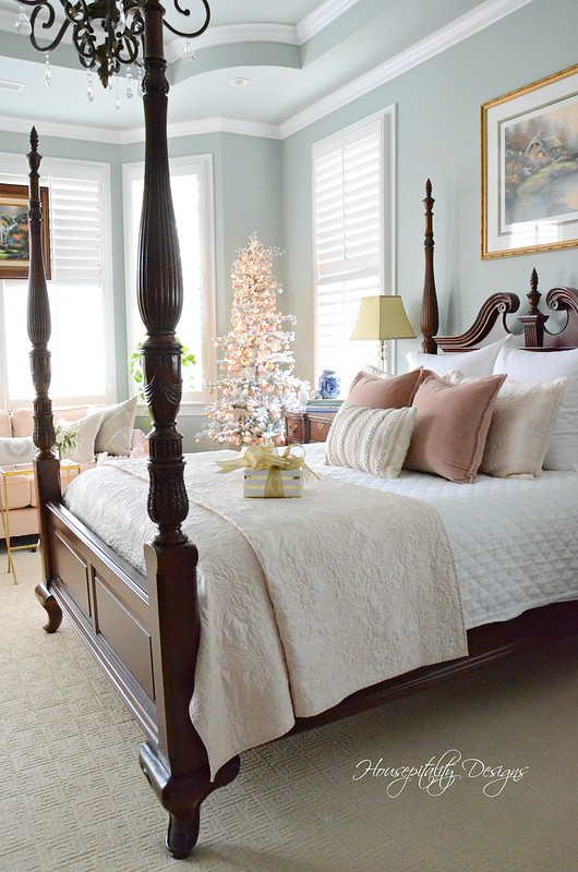 Christmas MasterBedroom-Housepitality Designs-7
