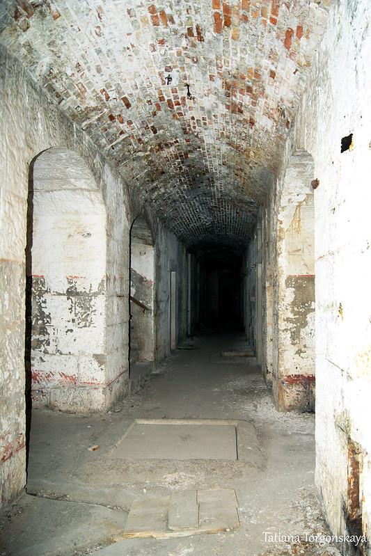 Центральный коридор 1 этажа