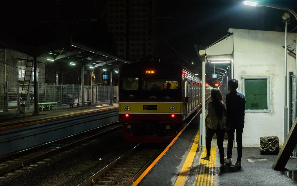 JR205-0 ( 205-68+205-66) ;Red Line;Stasiun Cawang