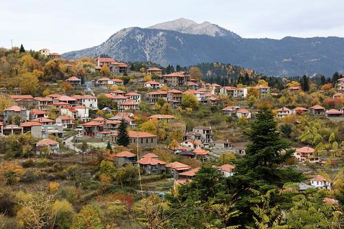village autumn outdoors outside greece hellas villagescape villagesofgreece mountain travelling tourism