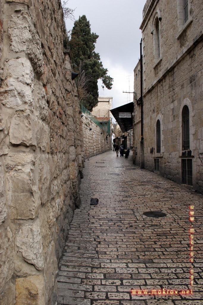 Стена Плача в Иерусалиме фотографии сделанные днем и вечером