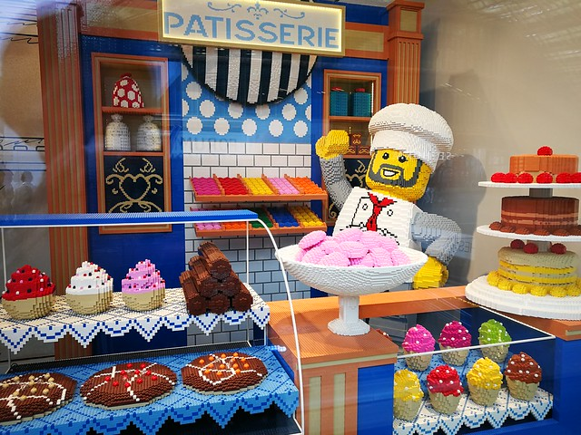 Lego ptisserie at Les Halles