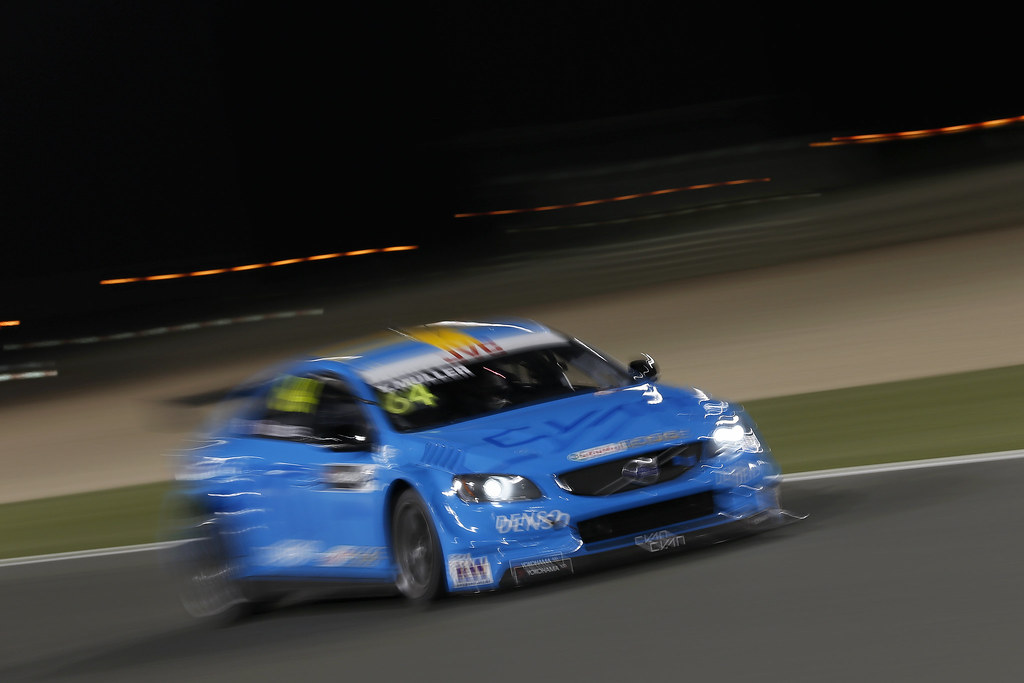 64 MULLER Yvan (fra), Volvo S60 Polestar team Polestar Cyan Racing, action during the 2017 FIA WTCC World Touring Car Championship race at Losail  from November 29 to december 01, Qatar - Photo Jean Michel Le Meur / DPPI