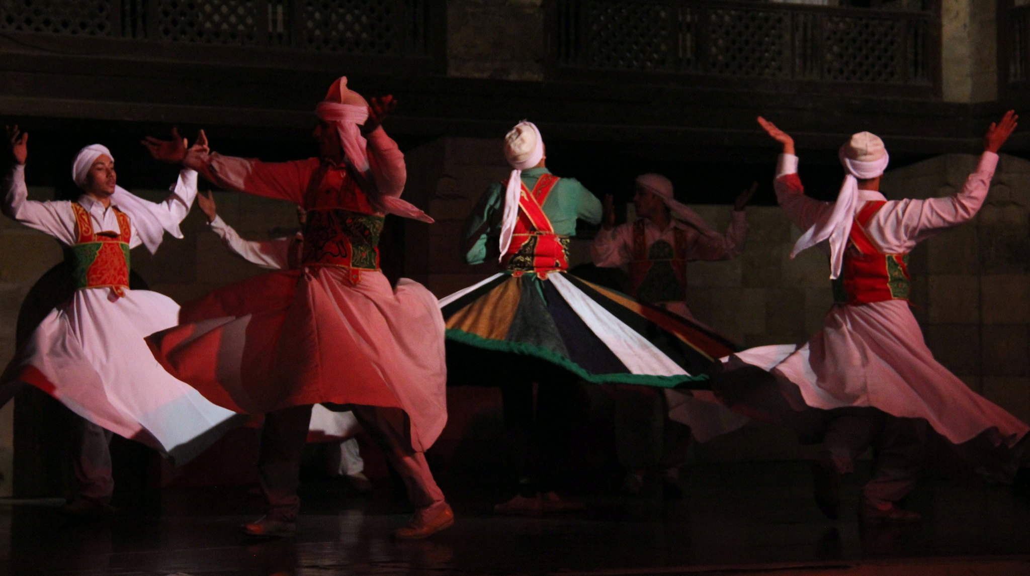 The whirling Tanoura dance can be seen at Nile cruises