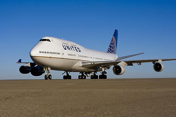 United B747-400 Livery (United)