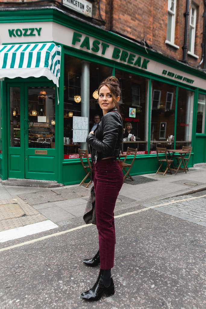 The Little Magpie Urban Outfitters Burgundy cropped flare cord trousers