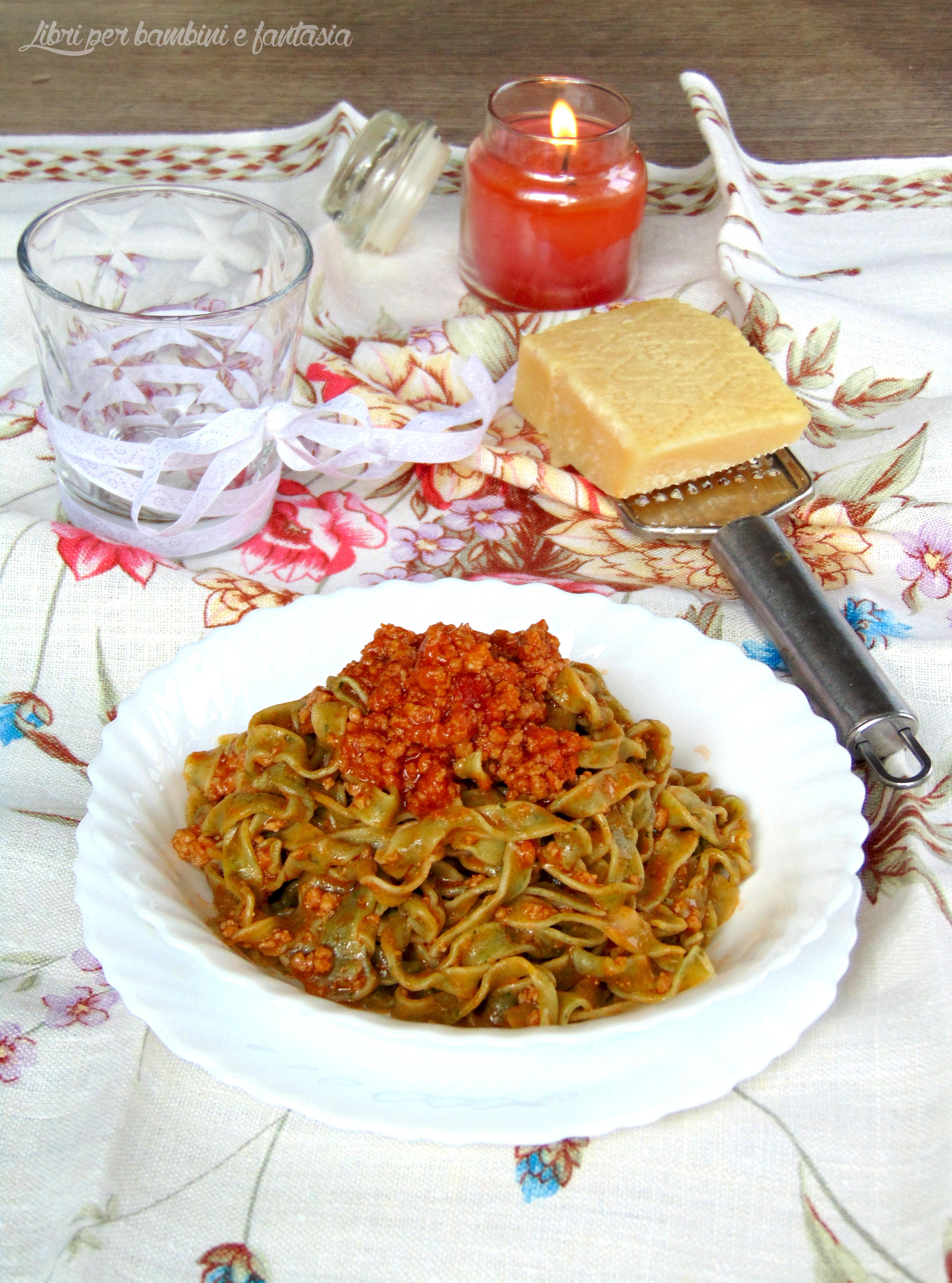 tagliatelle verdi con ragù alla bolognese 1