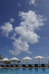 Sunday Beach. Hot hot hot.