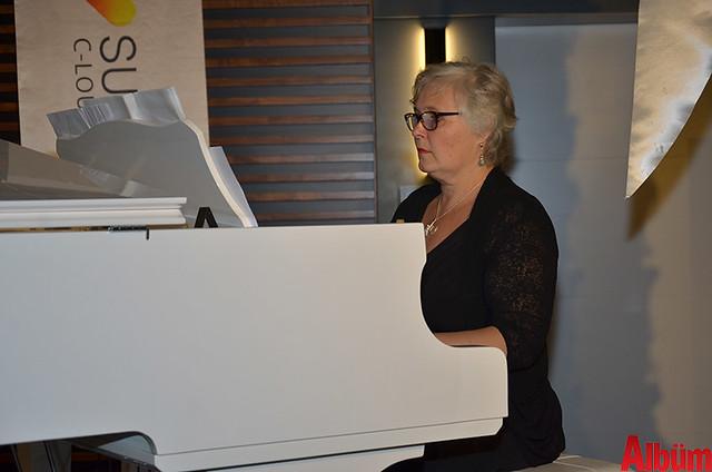 Sunprime C-Lounge Hotel Finlandiya Bağımsızlık Günü kutlaması -8