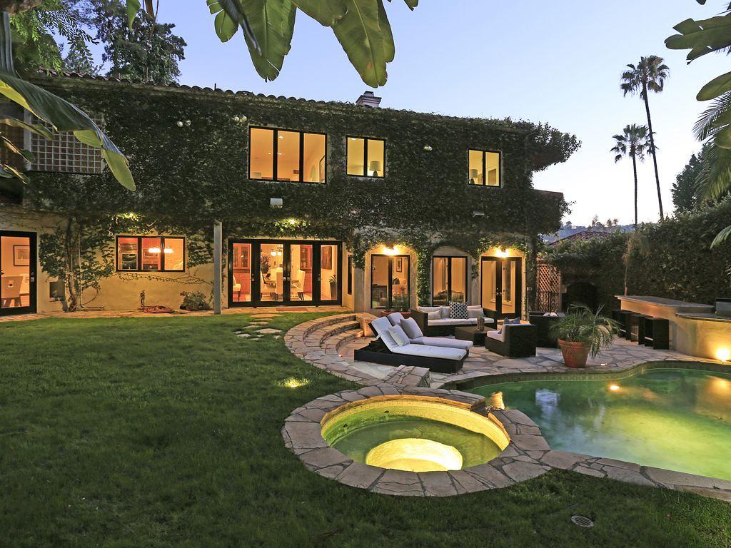 3298 N Knoll Dr,Los Angeles,California 90068,4 Bedrooms Bedrooms,4 BathroomsBathrooms,Apartment,N Knoll Dr,5910