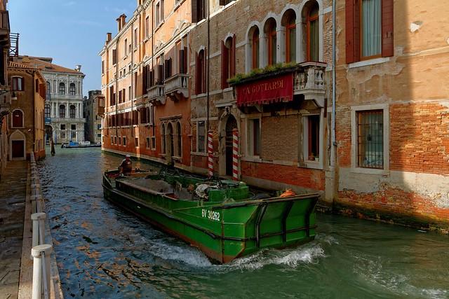 Venice : Rio di Noale / Ca' Gottardi