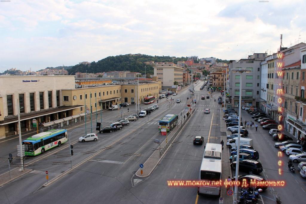 Город Анкона прогулки туристов