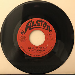 BETTY WRIGHT:CLEAN UP WOMAN(RECORD SIDE-A)