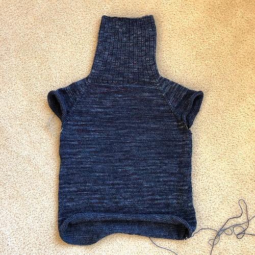 Lightweight pullover