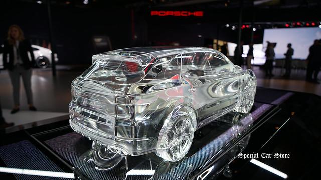 2018 Porsche Cayenne model