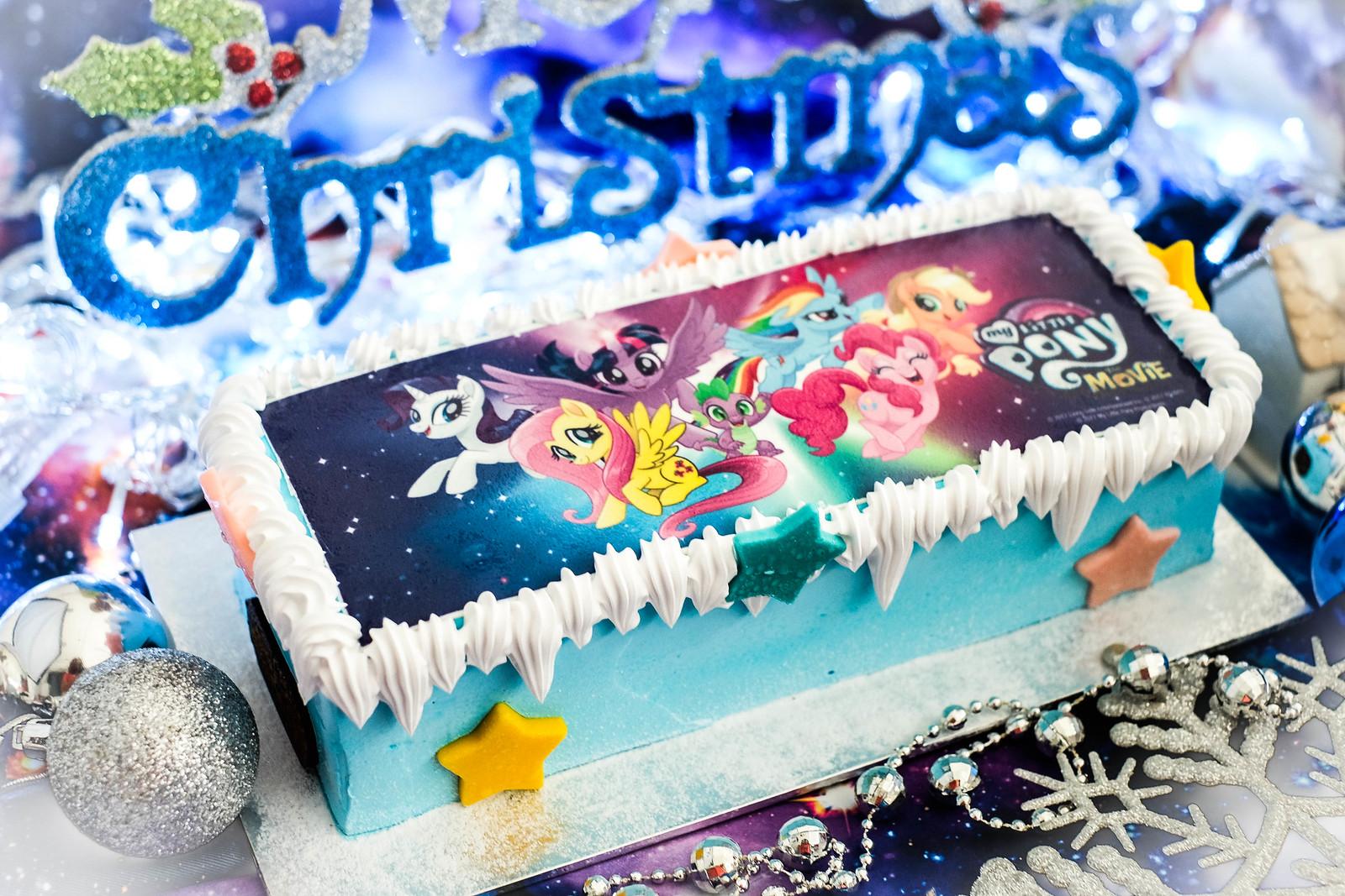 Christmas Log Cakes: Swensen