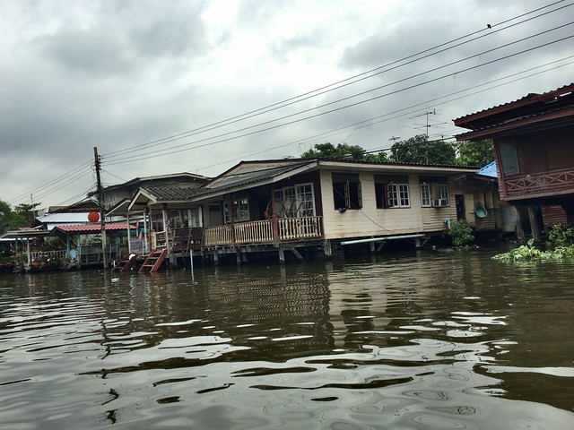 洪水のVTRで見たような景色にちょっと驚く