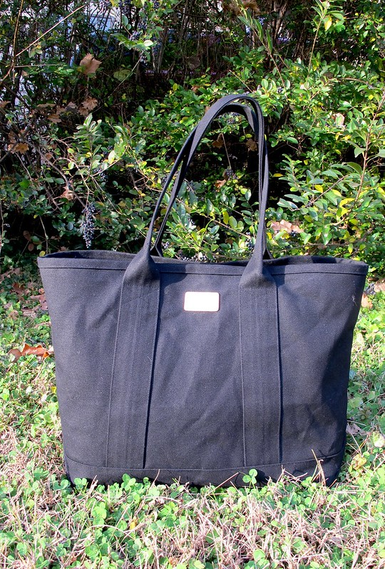 Addictive Free Canvas Tote