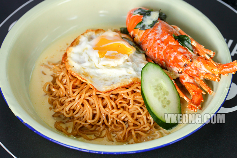 Tiger-Tiger-Indomie-Goreng-with-Lobster