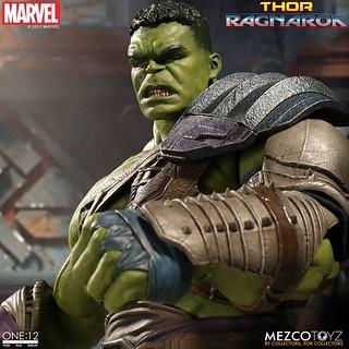 「官圖&販售資訊更新」MEZCO – ONE:12 COLLECTIVE 系列【角鬥士浩克】Gladiator Hulk 1/12 比例人偶作品