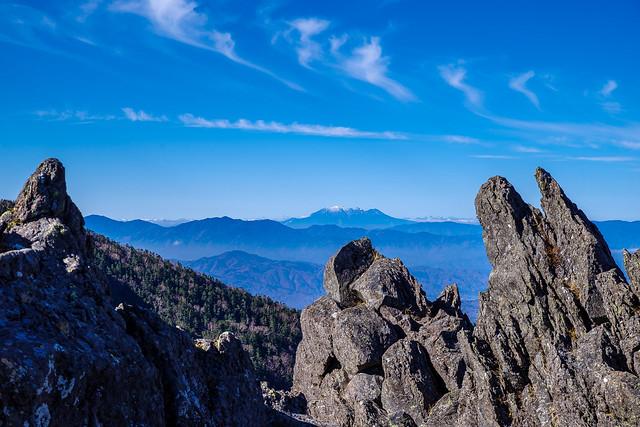 岩間から御嶽山