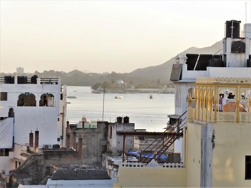 i-udaipur-arrivée-hôtel-terrasse  (12)