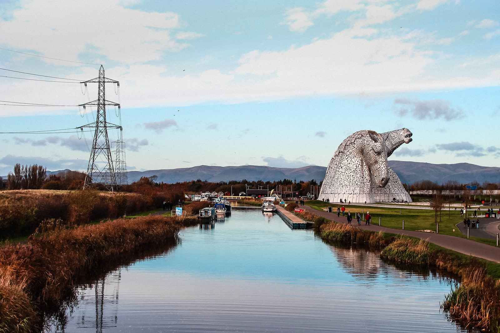 Kelpies Falkirk Scotland Giant Metal Horse travel blogger UK