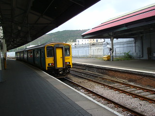 Class 150 diesel multiple unit at Swansea station