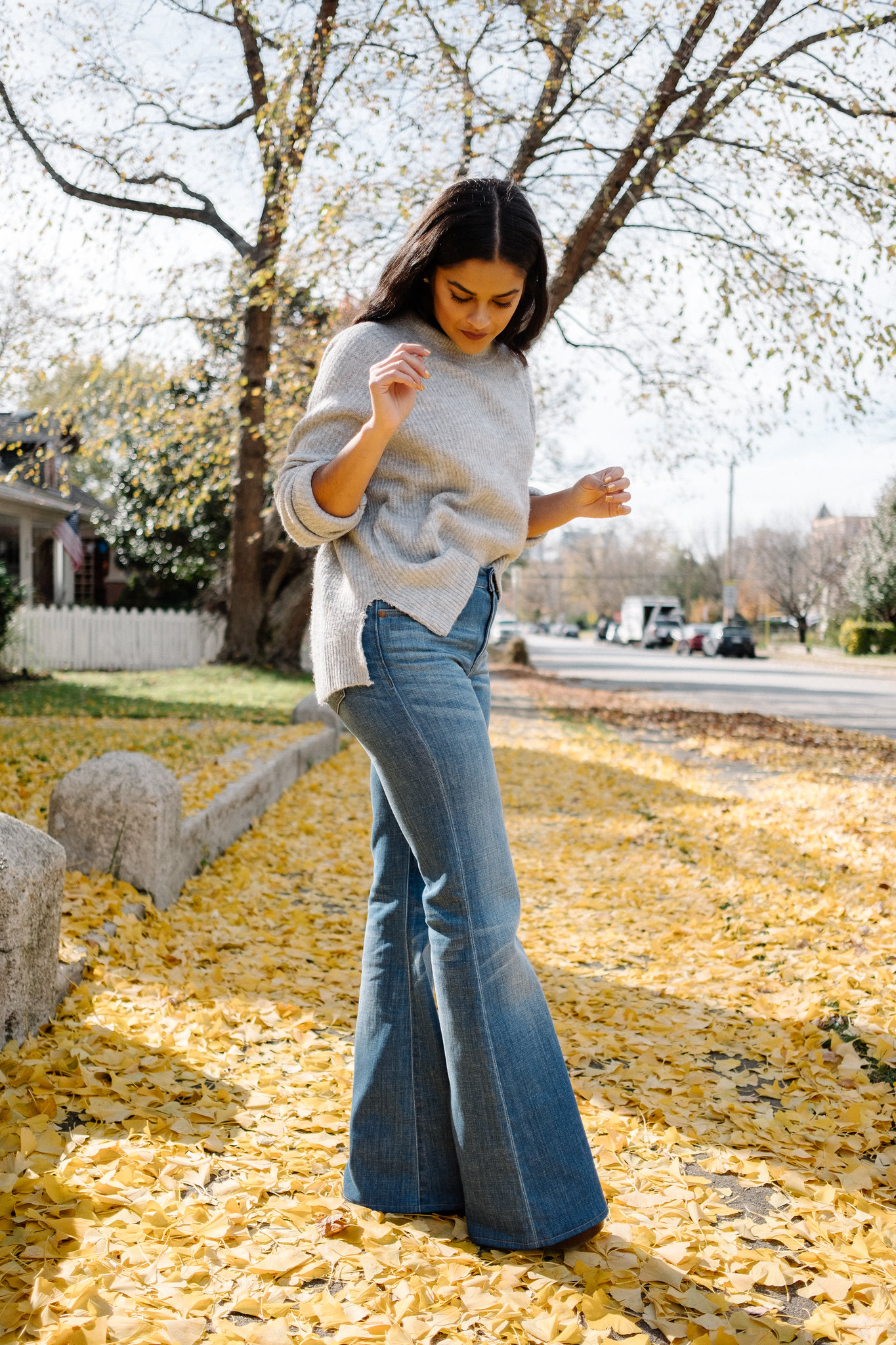 Priya the Blog, Nashville fashion blog, Fall fashion, Fall outfit with flared jeans, Madewell Flea Market Flares, velvet choker, gray sweater and flared jeans