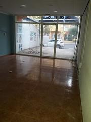 local comercial de 65 m2 completamente reformado y equipado, ideal para cualquier negocio. Solicite más información a su inmobiliaria de confianza en Benidorm  www.inmobiliariabenidorm.com