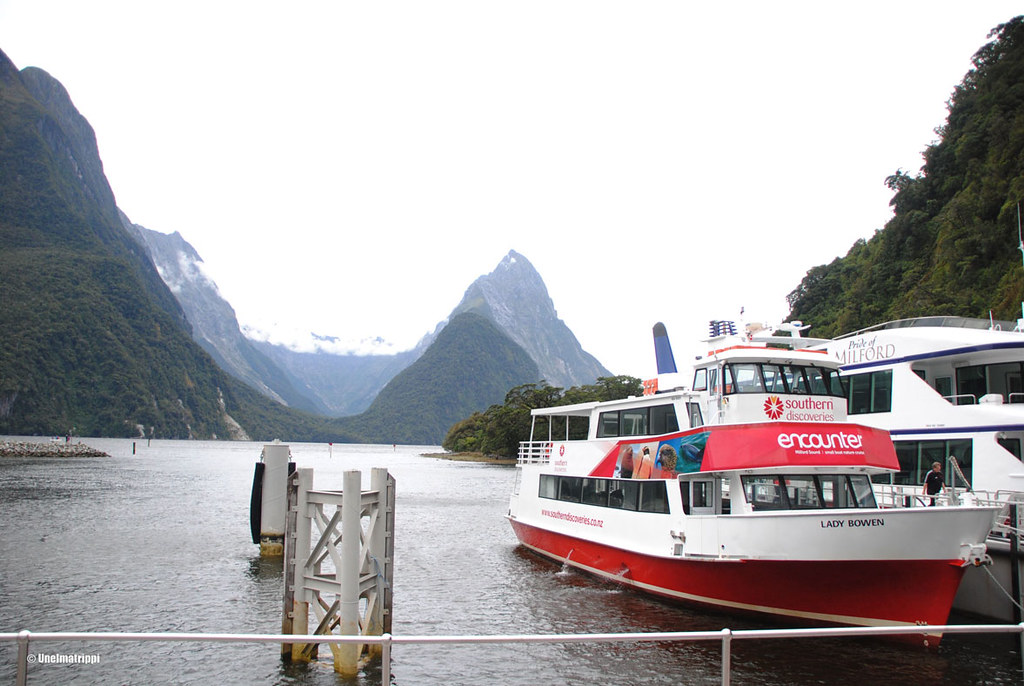 Southern Discoveries -yhtiön laiva, Milford Sound, Uusi-Seelanti