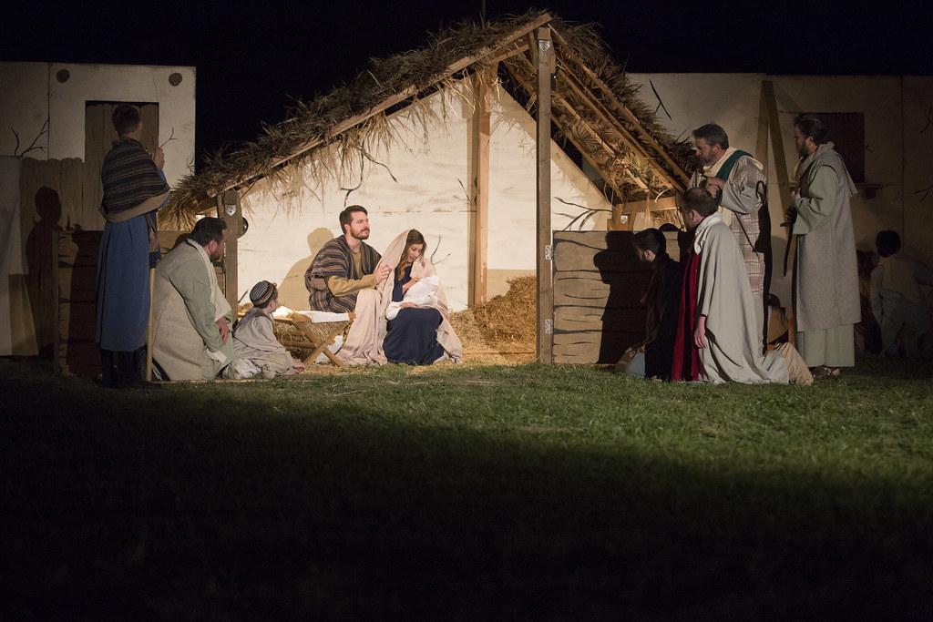 Living Nativity 2017-Sunday_0056