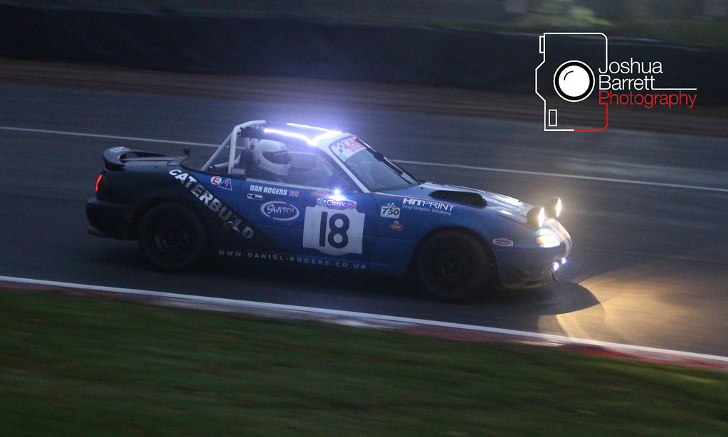 Dan Rogers - Mazda MX5 (CSCC Night Races)