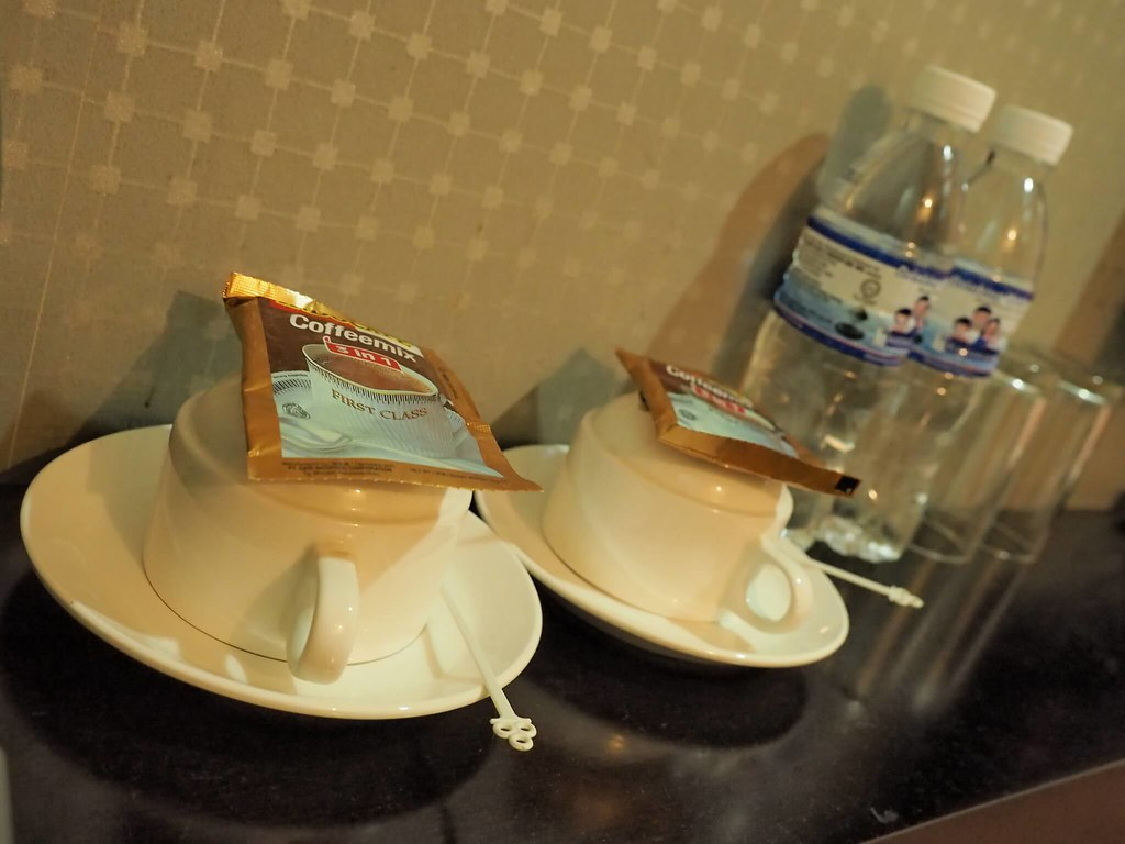 Complimentary 3 in 1 coffee and mineral water