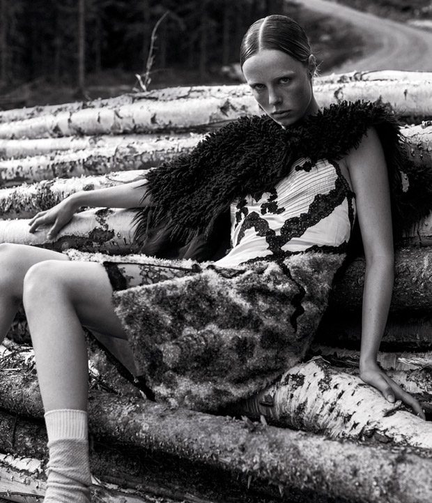 Edie-Campbell-WSJ-Magazine-Mikael-Jansson-03-620x721